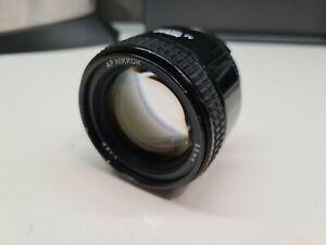 Nikon Nikkor AF 85mm f/1.8 D Prime Lens FX