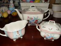 Johnson Brothers Farmhouse Chic Tea set