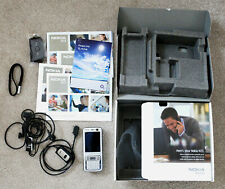 Nokia N73 oscuro ciruela en caja instrucciones y accesorios