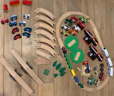 HOLZEISENBAHN KONVOLUT mit elektrischen Eisenbahnen Brücken usw.  TOP ZUSTAND