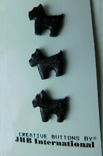 Vintage figural KIDDIE goofy buttons~plastic~Scotty dogs~original card of 3