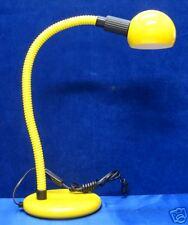 Lampada da studio gialla con base promozionale grande