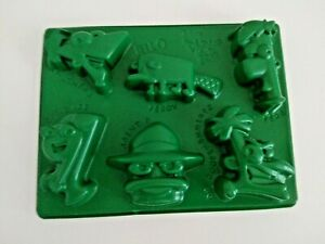 Disney PHINEAS and FERB Green Jell-O Jiggler Jello Mold