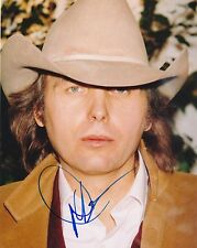 Dwight Yoakum signed 8x10 color photo