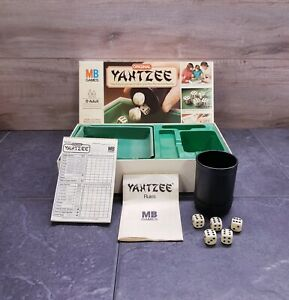 VINTAGE YAHTZEE DICE GAME by MB GAMES original - COMPLETE ~ VGC