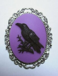 Gothic Raven Brooch, Black Crow Cameo Brooch Halloween Pin