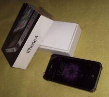 Original Apple iPhone 4 8 GB, 3.5 Zoll Schwarz und hochwertigem Kroko Bumper