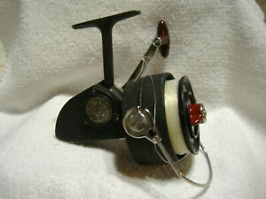 DAM Quick 440 Spinning Fishing Reel Made In West Germany Nice & Works Great