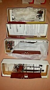 Red Caboose HO Scale 42' Flat Car With Fish Belly Side Sills CB&Q Lot of 4