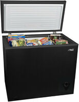 Arctic King 7 Cu Ft Easy Clean with Removable Gasket Chest Freezer - Black