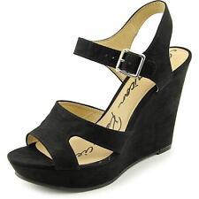 Flat (0 to 1/2 in) Wedge Medium Width (B, M) Width Sandals for Women