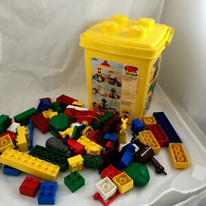 Duplo set #1689 Special Zoo Babies yellow Bucket +  ages 2-5 Vintage 1991