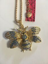 And Multi-Color necklace Bj30503 Betsey Johnson Crystal Moth Blue