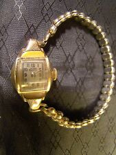 Pretty Ladies Lathin 14 K Yellow Gold 17 Jewel Vintage Watch Part Repair