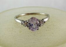 10K WHITE GOLD PALE PURPLE TOPAZ & CLEAR STONE RING (SIZE 6.75) 1.5G