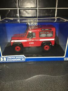 Universal Hobbies 1:18 cars land rover defender 90 Firefighters 3855 Italia New