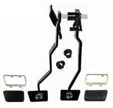 1965~1966 Mustang Brake / Clutch Pedal Set w/ Bushings, Pads & Trims Dynacorn
