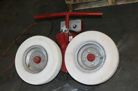 PITCHING MACHINE DOUBLE WHEEL NICE AWESOME TRAINING TOOL