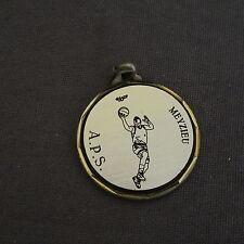 912B Médaille Laiton Sport Basket  A.P.S. Meyzieu