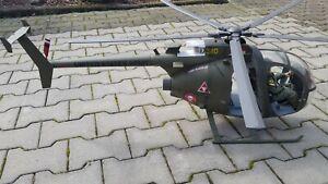 1:6 21st Century Toys Hubschrauber OH-6 Cayuse Hughes 500 Vietnam mit Pilot