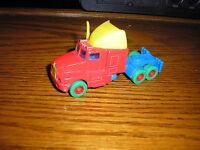 """Nice Multi Colored 1/64 ? 3 5/8"""" Maisto Kenworth ? Semi Tractor Delivery Truck"""