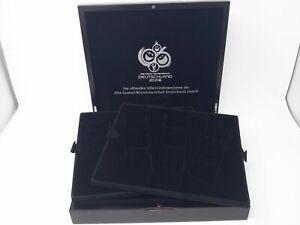 Luxus HOLZ Münzkassette für 24 Münzen bis 46 mm, gebraucht (Z2505)