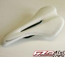 Sella SELLE ITALIA Q-bik bianca antiprostata per bici MTB/Corsa