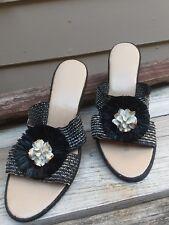 vintage 1960's womens sandals w/ straw flower & rare white porcelain center 8.5