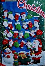 "Bucilla New ""SANTA MITTENS & STOCKINGS"" Felt Christmas Advent Calendar Kit 86735"