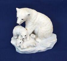 1993 HOMCO Home Interiors POLAR BEAR & CUBS Endangered Species Porcelain Figure