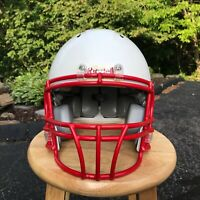 RIDDELL Revolution Youth Football Helmet Medium White / Red. Recertified in 2019