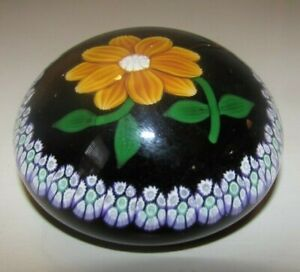 NICE! Signed William Manson Daisy Lampwork Millefiori Flower Paperweight Limited