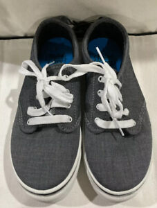 Gray Faded Glory Boys Blue Canvas shoes size 2 Laces Tag on New