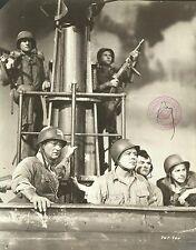 "JOHN WAYNE & WILLIAM CAMPBELL in ""Operation Pacific"" Original Vintage Photo 1951"