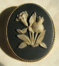 Pre 1891 antique Wedgwood Black Jasper Ware Plaque/Broche Set in H/M Or 9 ct