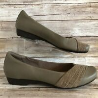 Clarks Loafers Flats 9.5M Gray Leather Snake Trim Slip On Low Heel Womens