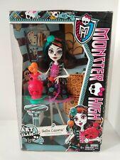 NEW Monster High Skelita Cadaveras Art Class Fashion Doll Figure NIB