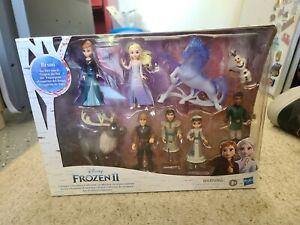 New Disney's Frozen 2 Ultimate Adventure Collection with 10 Dolls BRAND NEW