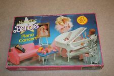 SUPERSTAR BARBIE PIANO CONCERT PLAYSET  NEW IN BOX