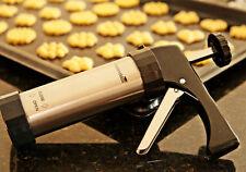 Kitchencraft Taller Deluxe De Galleta Y Glaseado Set Con Boquillas Y Cortadores