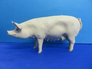 VINTAGE NORTH LIGHT  GREAT WHITE PIG /SOW