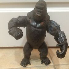 "2005 Playmates Universal Studios King Kong Battle Damage 12"" Action Figure"