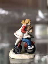 "Olszewski Goebel Miniatures ""Summer Days� 631-p Children's Series Signed"