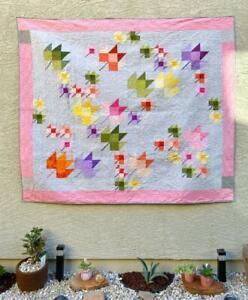Pink Quilt - Handmade Quilt - Maple leaf pattern Quilt
