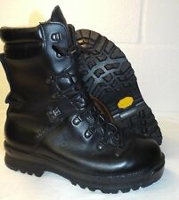 ECW BLACK LEATHER EXTREME COLD WET WEATHER GORE-TEX BOOTS - 9 Med , British Army