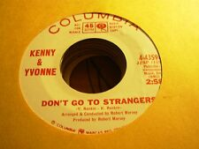 "KENNY & YVONNE don't go strangers / come on ( r&b ) - 7"" / 45 - PROMO -"