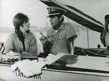 "STEFANIE POWERS ROBERT MORSE ""DU VENT DANS LES VOILES"" (WALT DISNEY) PHOTO CM"
