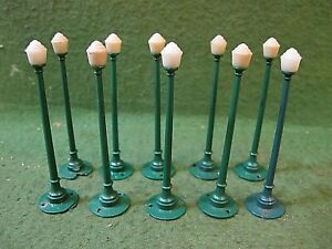 HO Scale small Street Lamps (10) lamps