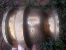 VECCHIO vintage ottone JARDINIERE plant pot o VASO pattern in rilievo
