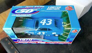 RACING CHAMPIONS #43 BLUE 1970 PLYMOUTH HEMI SUPERBIRD RICHARD PETTY 1:24th 50th